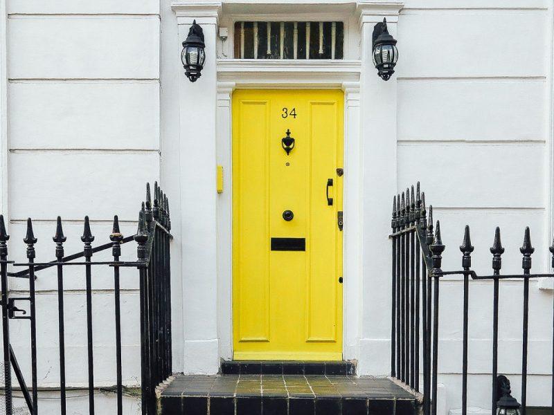 Changer de porte d'entrée, oui, mais avec une inspiration déco !