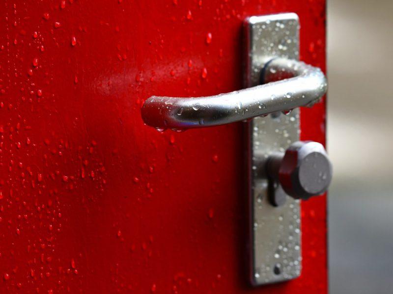 Pourquoi choisir une porte d'entrée en alu ?