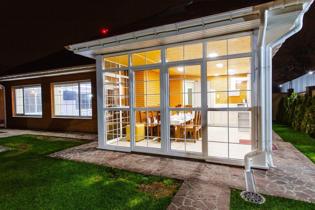 Extension de maison: prix et techniques