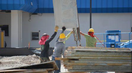 Engager un constructeur de maison individuelle : les détails à connaître