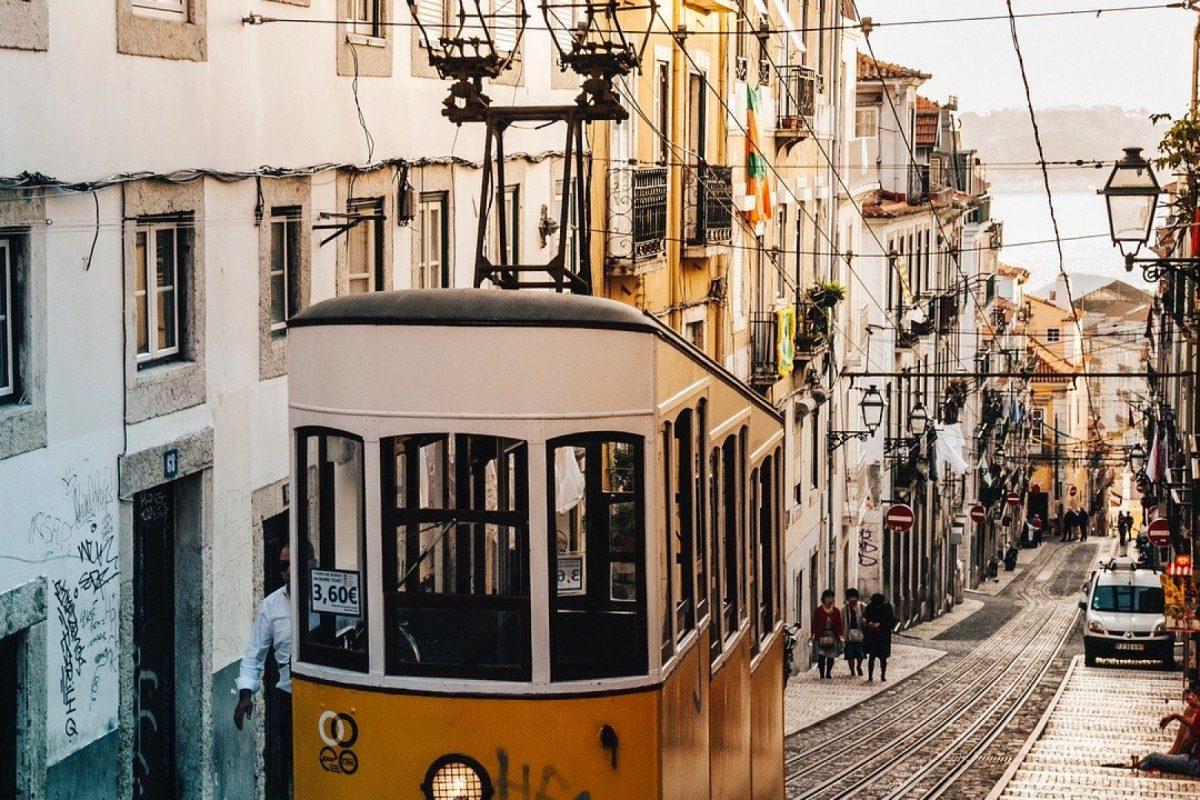 Quels sont les avantages d'un bien proche d'un tramway