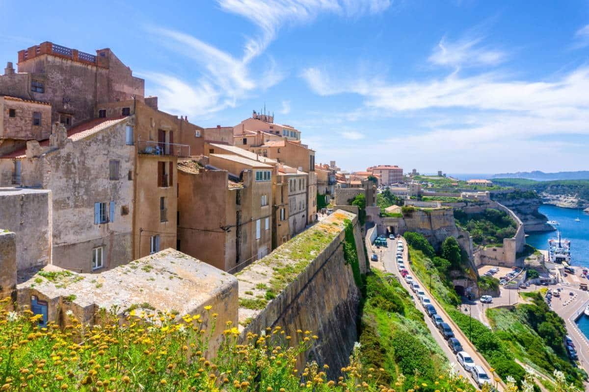 Immobilier neuf en Corse : pourquoi est-ce le moment d'investir ?
