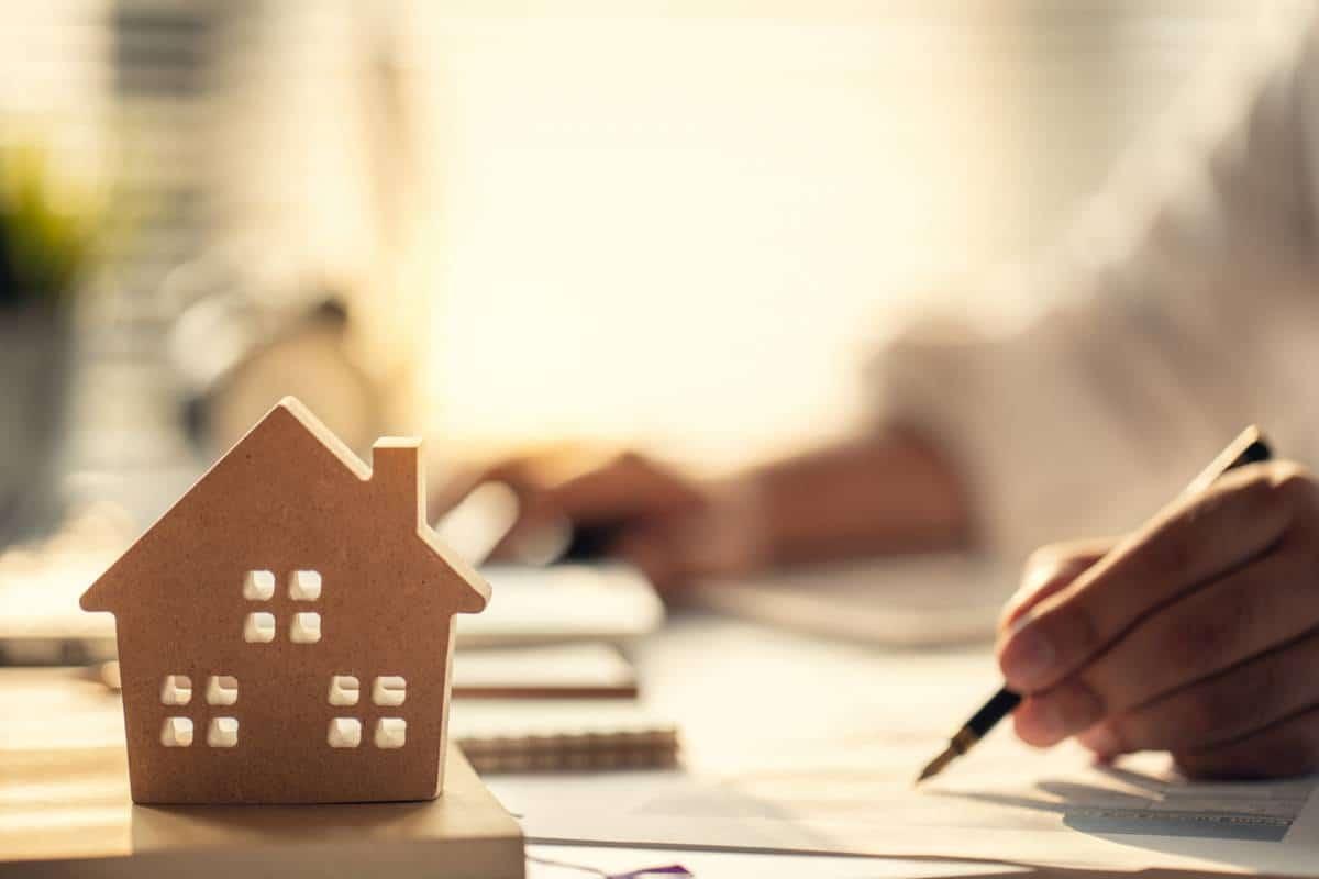 Immobilier : faut-il investir seul ?