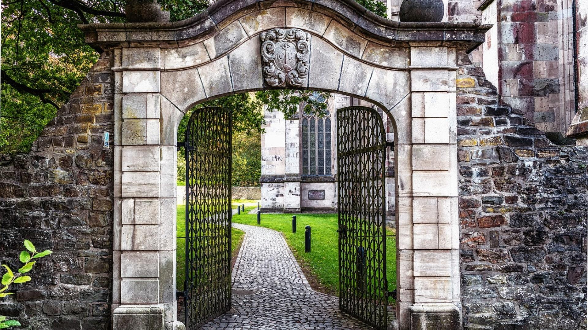 Pourquoi choisir d'installer un portail chez soi ?